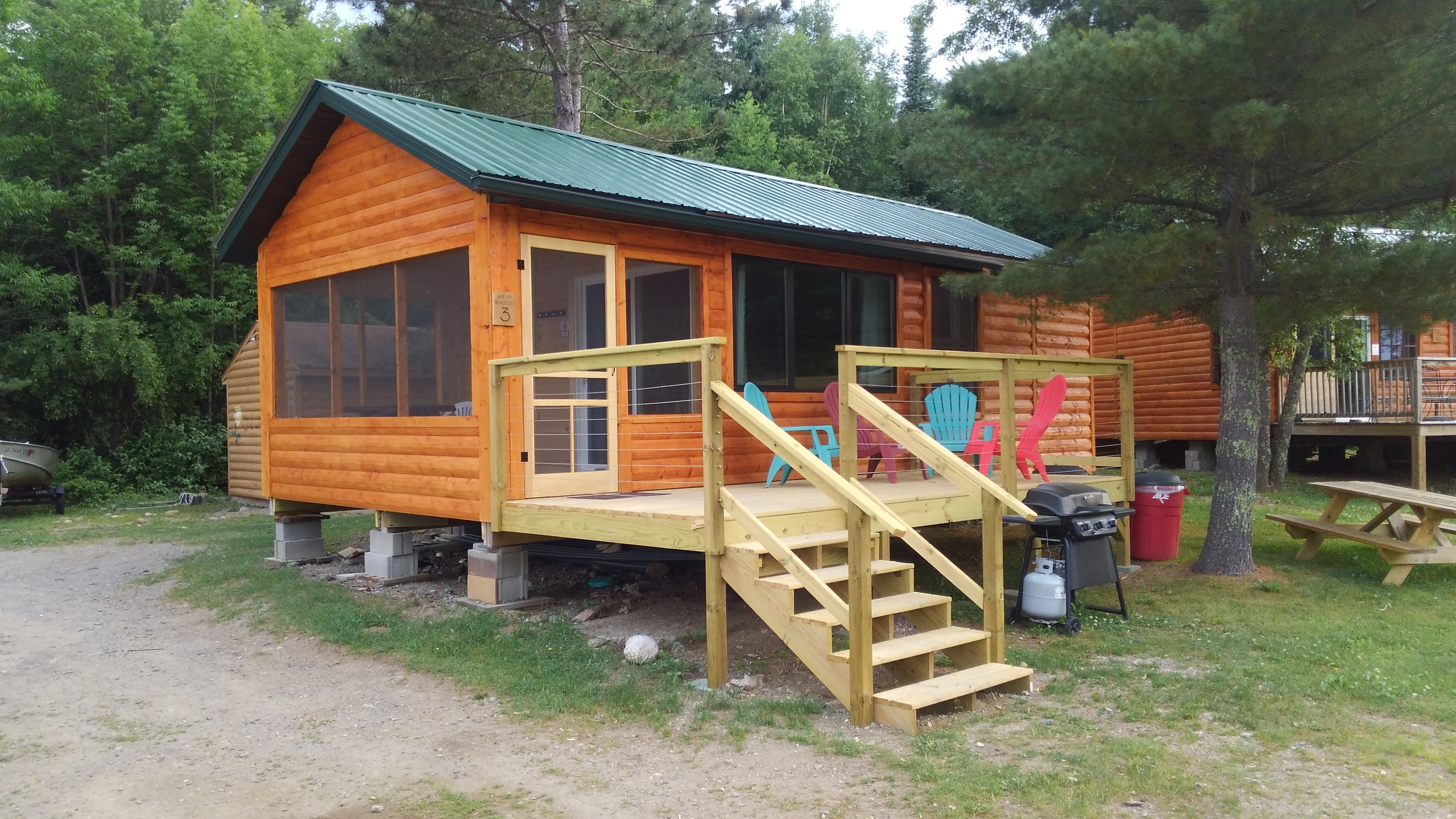 inns finger lodging aurora region b cabins of lakes guide official e