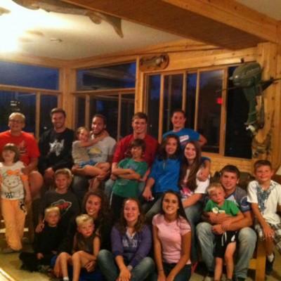 Resort family starting bottom left. Tegan, Talon, Rose, Beca, Sofia, Tanner, Jack, Trevor, Kylie, Maddie, Mason, Tyler, Ella, Cole, Carson, Bella, Taylor, Austin, Shelby!